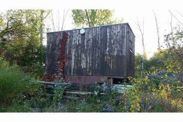 Predáme záhradu Pod Hrádzou aj s unimobunkou na 4,61á pozemku - Stavebný pozemok - Predaj