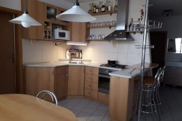 Cukrovarská ul. - 3 izb.byt po kompletnej rekonštrukcii na predaj - Byt - Predaj