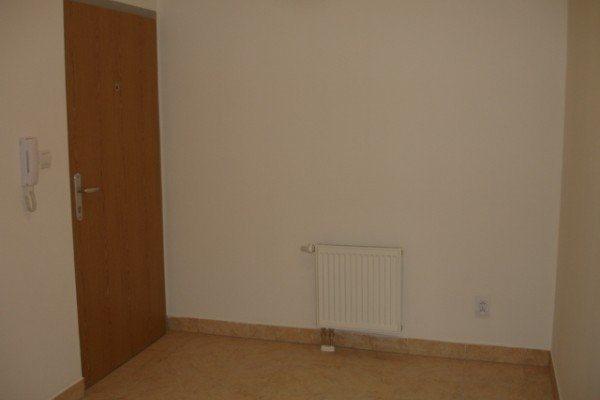 3 izb. byt na Meandri o výmere 67 m2 s balkónom na prenájom - Byt - Prenájom ponúkajú