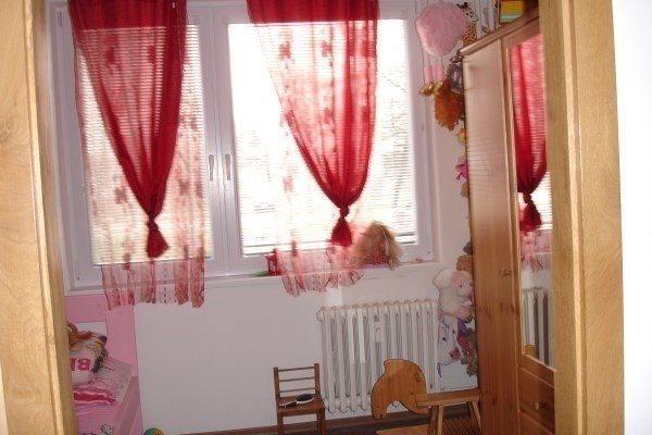 D. Štúra- prerobený 3-izbový byt o výmere 68 m2 v Seredi na predaj - Byt - Predaj